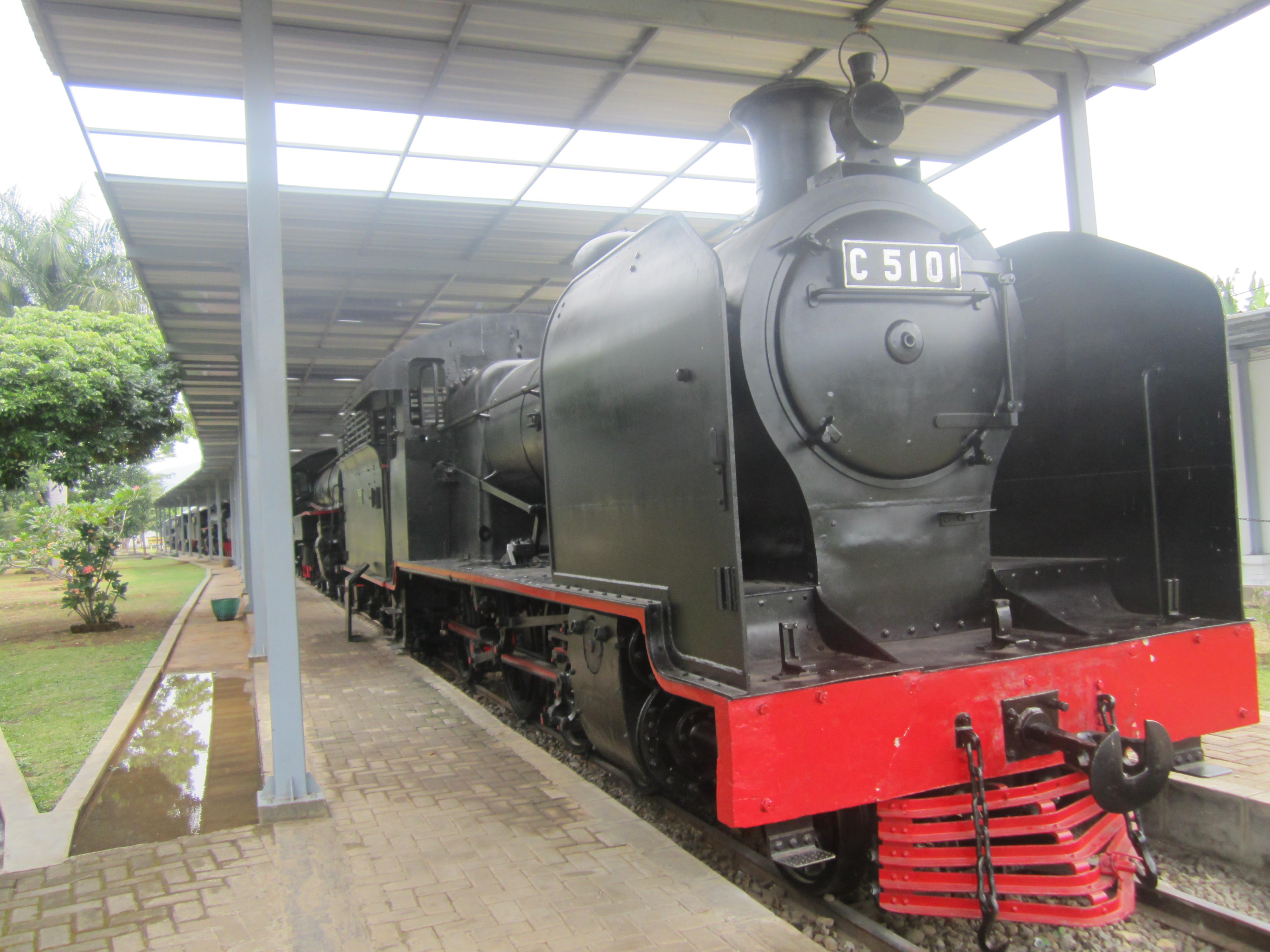 Museum Kereta Api Ambarawa - setyodewi.com 7